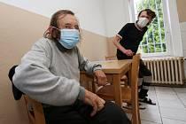 Azylový dům v litoměřické ulici Marie Pomocné zatím koronavirus neohrozil. Zaměstnanci pečlivě dbají na to, aby klienti dodržovali všechna hygienická nařízení.
