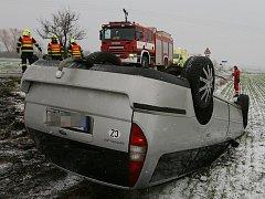 Dopravní nehoda u Třebívlic, středa 25.11.2015