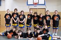 NADĚJE. Nejmenší basketbalisté BK Slavoj Litoměřice mají důvod k úsměvům.