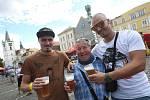Tisíce milovníků pěnivého moku zaplnily Mírové náměstí v Litoměřicích.