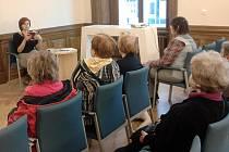 Městská knihovna přivítala 30. září na besedu další českou spisovatelku. Martina Bittnerová je autorkou povídek a popularizačních článků o významných českých osobnostech minulosti.