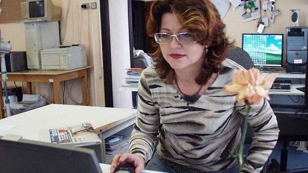 Věra Kmoníčková on-line v redakci LD.