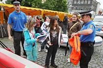 Veřejná prezentace složek Integrovaného záchranného systému proběhla v pátek dopoledne na Mírovém náměstí v Litoměřicích.