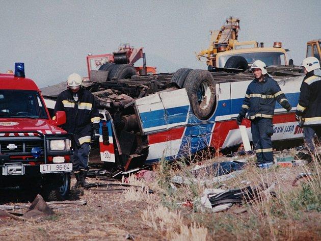 Smutné výročí: Před 16 lety se u Lukavce srazily autobusy