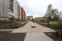 Nově opravená část sídliště v Pokraticích