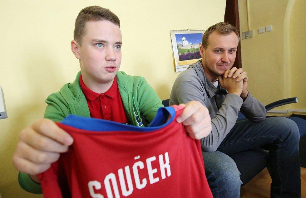 Mladý fanoušek Slavie Jakub Vítek.