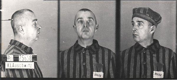 Vězeňská fotografie zOsvětimi