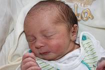 Blance Rubešové z Litoměřic se 5.11. v 8.10 hodin narodil v Děčíně syn Matyáš Rubeš (49 cm, 2,95 kg).