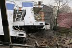 Odklízecí práce po nehodě dvou vlaků u Žalhostic pokračují