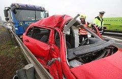 Dopravní nehoda u Prosmyk, pátek 16. března 2018.