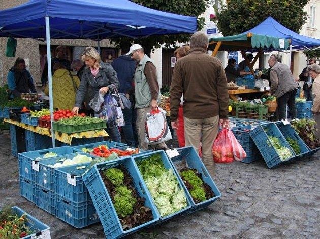 Farmářské trhy v Roudnici nad Labem.
