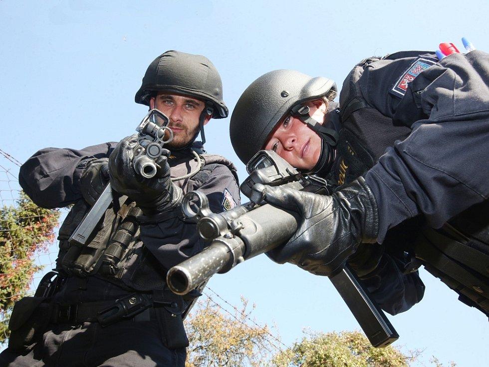 Prvosledové hlídky Policie ČR mají zasahovat proti nebezpečným pachatelům