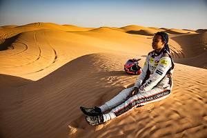 Nebojácná Aliyyah Koloc brázdila obří duny v Tunisku.