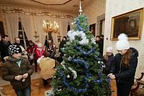 Zámek v Ploskovicích ožil vánoční atmosférou