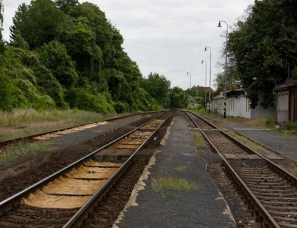 Největší změnou projde hlavně stanice v Žalhosticích. Ubydou i některé stávající koleje, po revitalizaci ve stanici zůstanou dvě dopravní a spojka uprostřed.