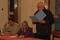 Zasedání ve Mnetěši, rezignace starosty Rajniše.