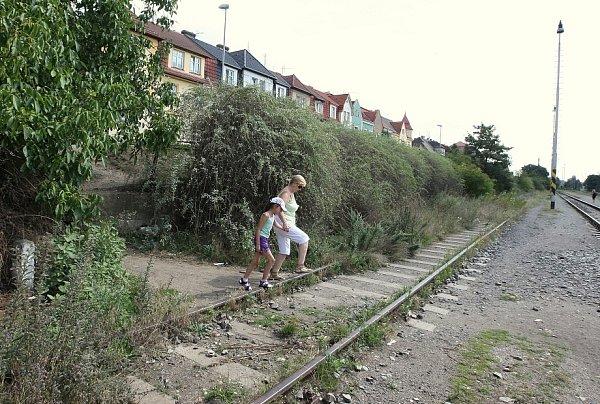 Uhorního nádraží…