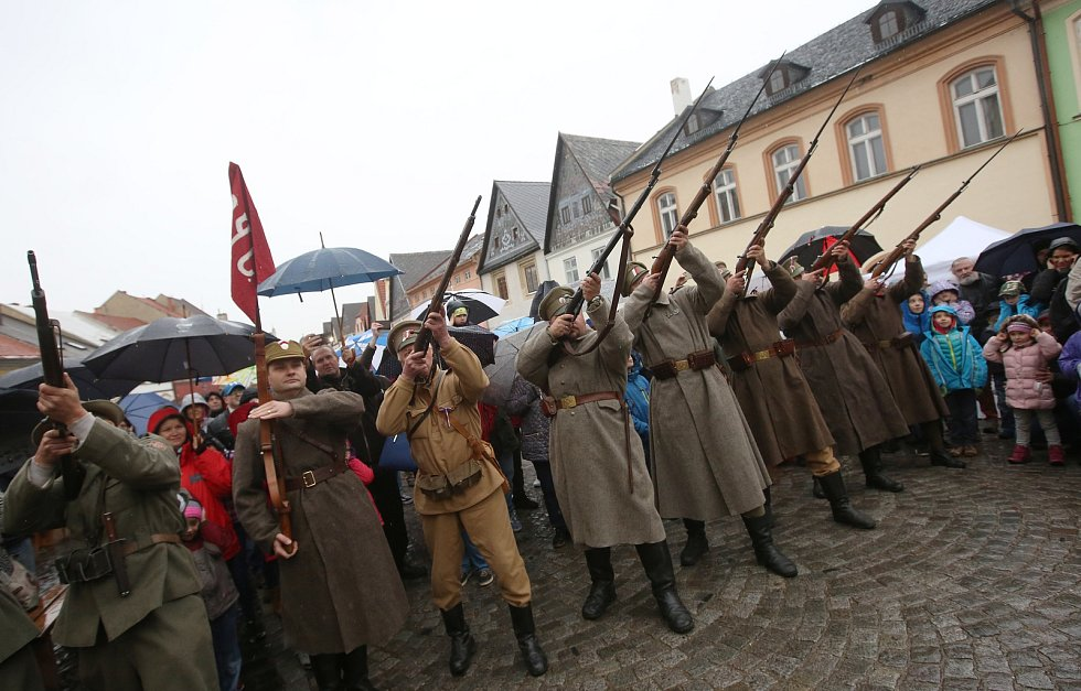 Den řemesel v Úštěku probíhal v duchu 1. republiky.