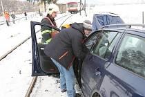 Dopravní nehoda na železničním přejezdu u Úpohlav.