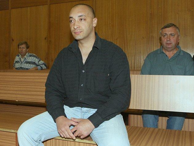 KDE  ASI JE? Miroslav Daňa byl ve vazbě, pak byl propuštěn a nyní je neznámo kde.