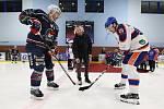 Hokejový borec Aleš Pavlas ukončil profesionální kariéru. Nesmlouvavost, bojovnost, obětavost, vůdcovství. Taky přehled ve hře a spousta kanadských bodů. To byl obránce Aleš Pavlas. Litoměřický kapitán totiž v 38 letech ukončil kariéru.Pavlas nehrál od 25