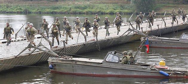 Po dvou letech opět proběhlo na vodním cvičišti vLitoměřicích vojenské mezinárodní cvičení ženistů Elbe 2017.