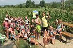 V Píšťanech bylo pro děti otevřeno v kukuřičném poli bludiště s putováním za sedlákem Bikutem, což je historická postavička, od které se odvíjí první zápis o vzniku obce.