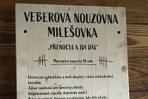 Veberova nouzovna na Milešovce slouží pěším turistům od konce loňského roku.