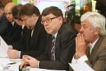 Jednání o dostavbě dálnice D8 ve Velemíně.