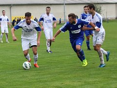 Fotbalisté SK Hrobce důležitý domácí duel s FK Louny nezvládli, podlehli 1:2.