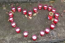 Pietní místa v Litoměřicích připomněla význam sametové revoluce 17. listopadu 1989.