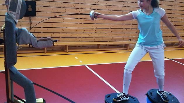 STARŠÍ žačka Eliška Přibíková při tréninku.