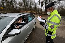 Policie kontroluje řidiče na rozhraní Ústeckého a Libereckého kraje, okresů Litoměřice a Česká Lípa.