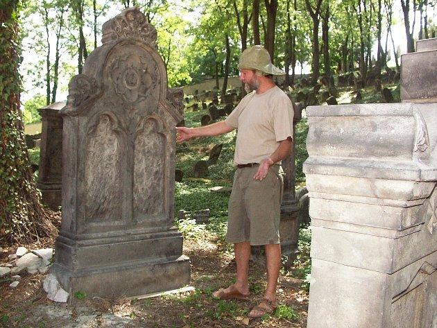 Židovský hřbitov v Roudnici nad Labem.