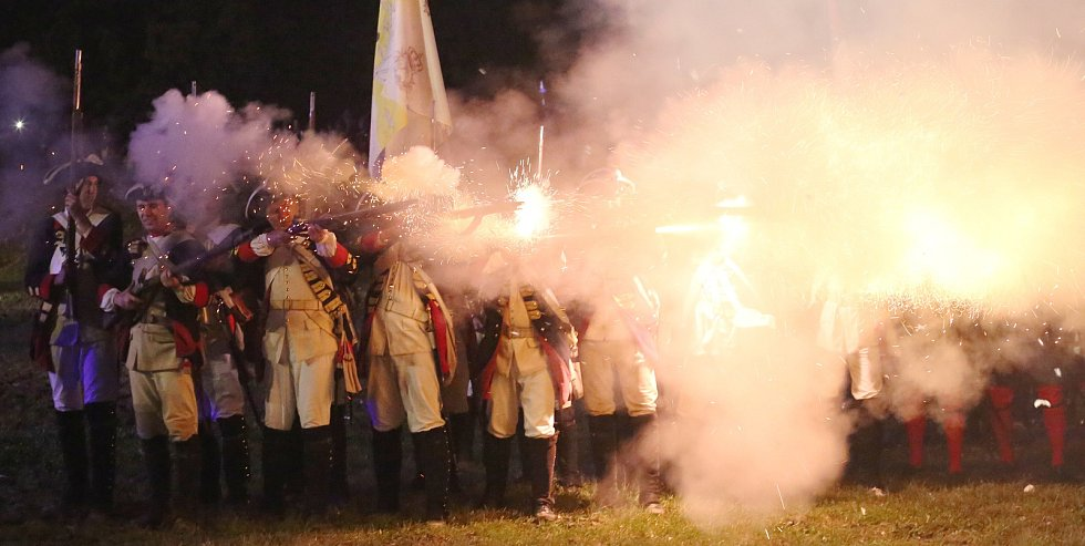 Josefínské slavnosti 2017, sobotní noční bitva a ohňostroj