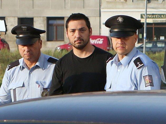 Zdeněk Hryščenko v rukou policie.