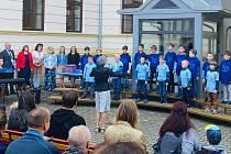 Prvňáčky vítali ve středu 1. září také na Základní škole Boženy Němcové v Litoměřicích