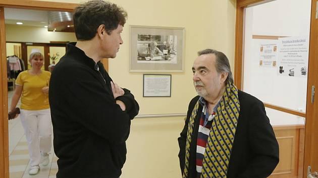 Dušan Klein (vpravo) a herec Pavel Kříž.