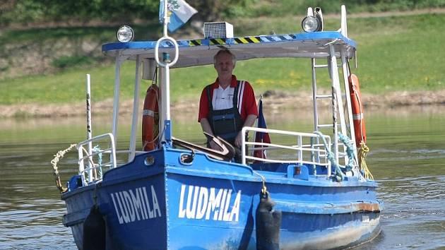 Žernosecký přívoz Ludmila.