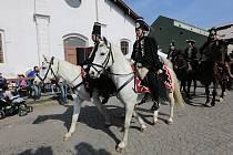 Terezín o víkendu lákal na koně.