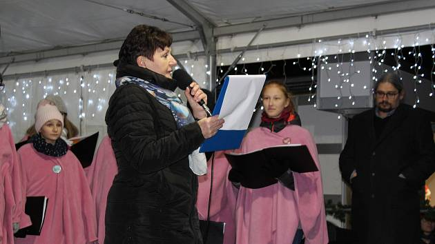 Česko zpívá koledy - Mírové náměstí Litoměřice v roce 2018