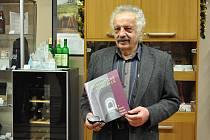 Autor knihy František Fanda Diviš.