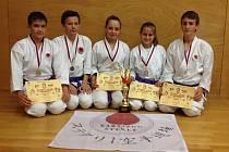 STŘÍBRO. Tým Karatedó Steklý obsadil v ČNL družstev skvělou druhou příčku.