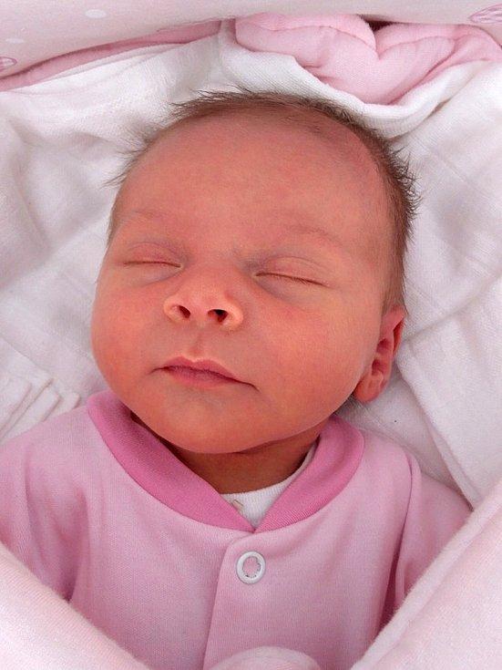 Ema Adámková se narodila Kateřině a Janu Adámkovým 3. listopadu 2018 v Litoměřicích (3,22 kg a 50 cm).