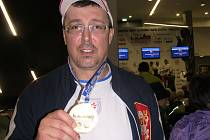 NA ZLATOU medaili byl Jaroslav Smělý náležitě pyšný.