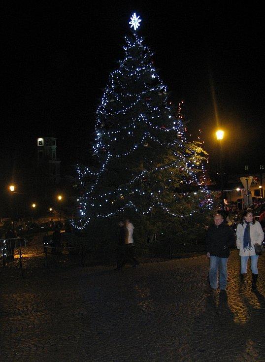 Rozsvícení vánočního stromu v Roudnici