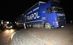 Nehoda kamionu v Lovosicích, 9. 12. 2011.