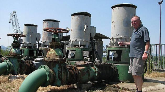 Na plný výkon jede  v současném horku všech 21 závlahových systémů bohušovického Agrokomplexu.