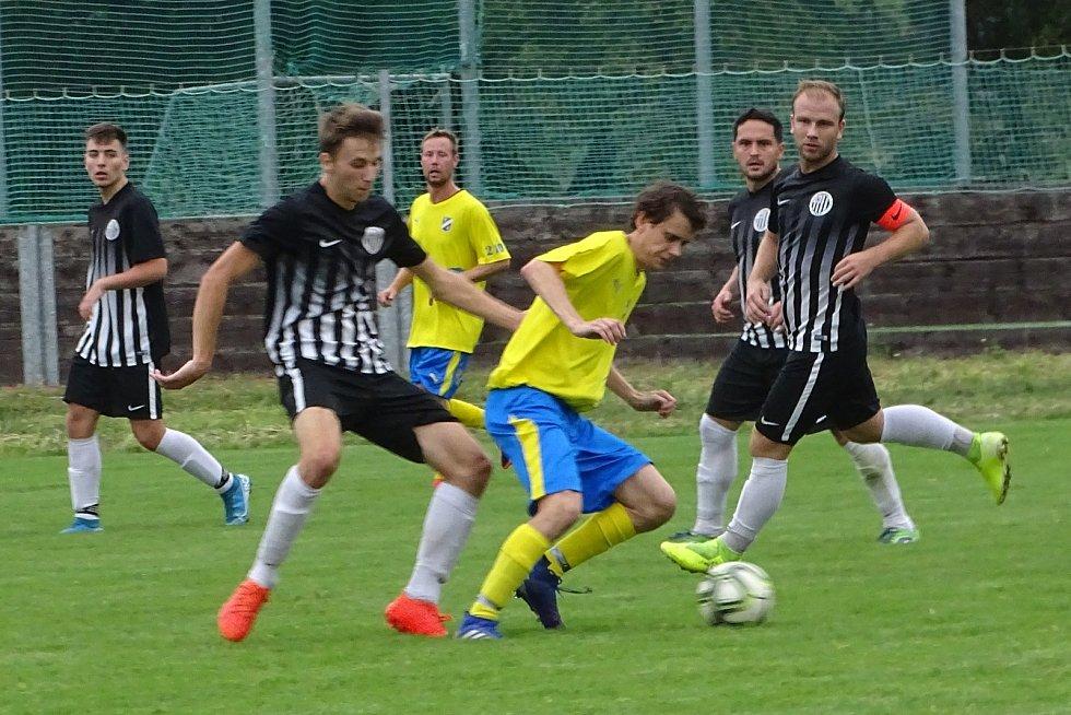 1.B třída sk. A: Sokol České Kopisty (ve žlutém) - TJ Mojžíř 0:3