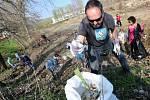 Dobrovolníci uklízeli nepořádek v Litoměřicích